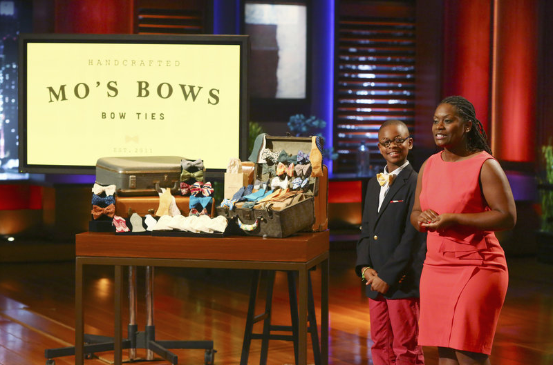 mos bows moziah bridges and his mother on abc's shark tank-InspireMore