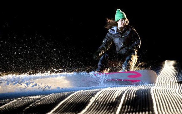 amy purdy snowboards with prosthetic legs