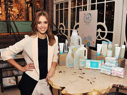 jessica alba with honest company products