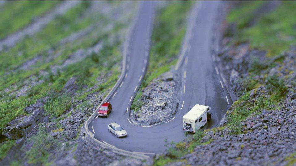 Tilt shift photo of cars in Norway