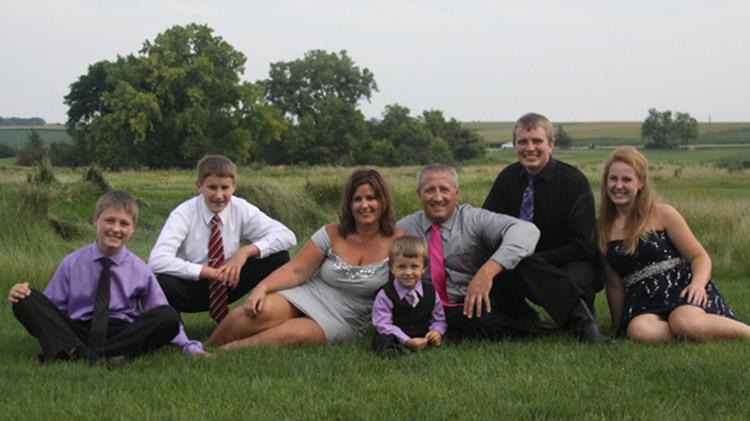 The new extended Schmitz family