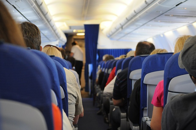airplane-698539_640