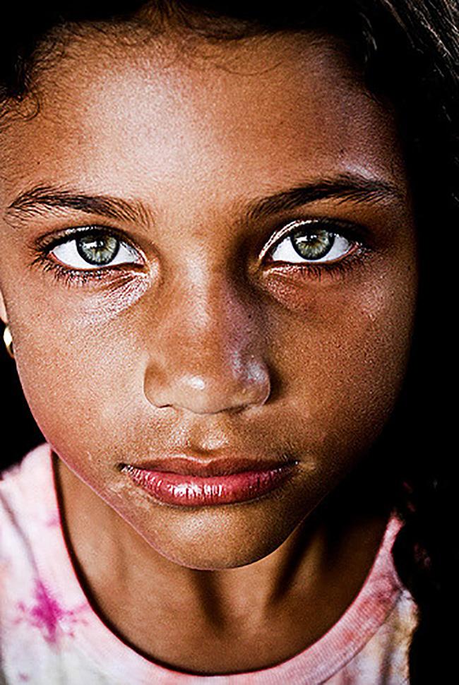 eyes grey most had she strikingly hazel via inspiremore
