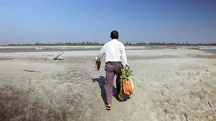 Jadav Payeng walking to forest