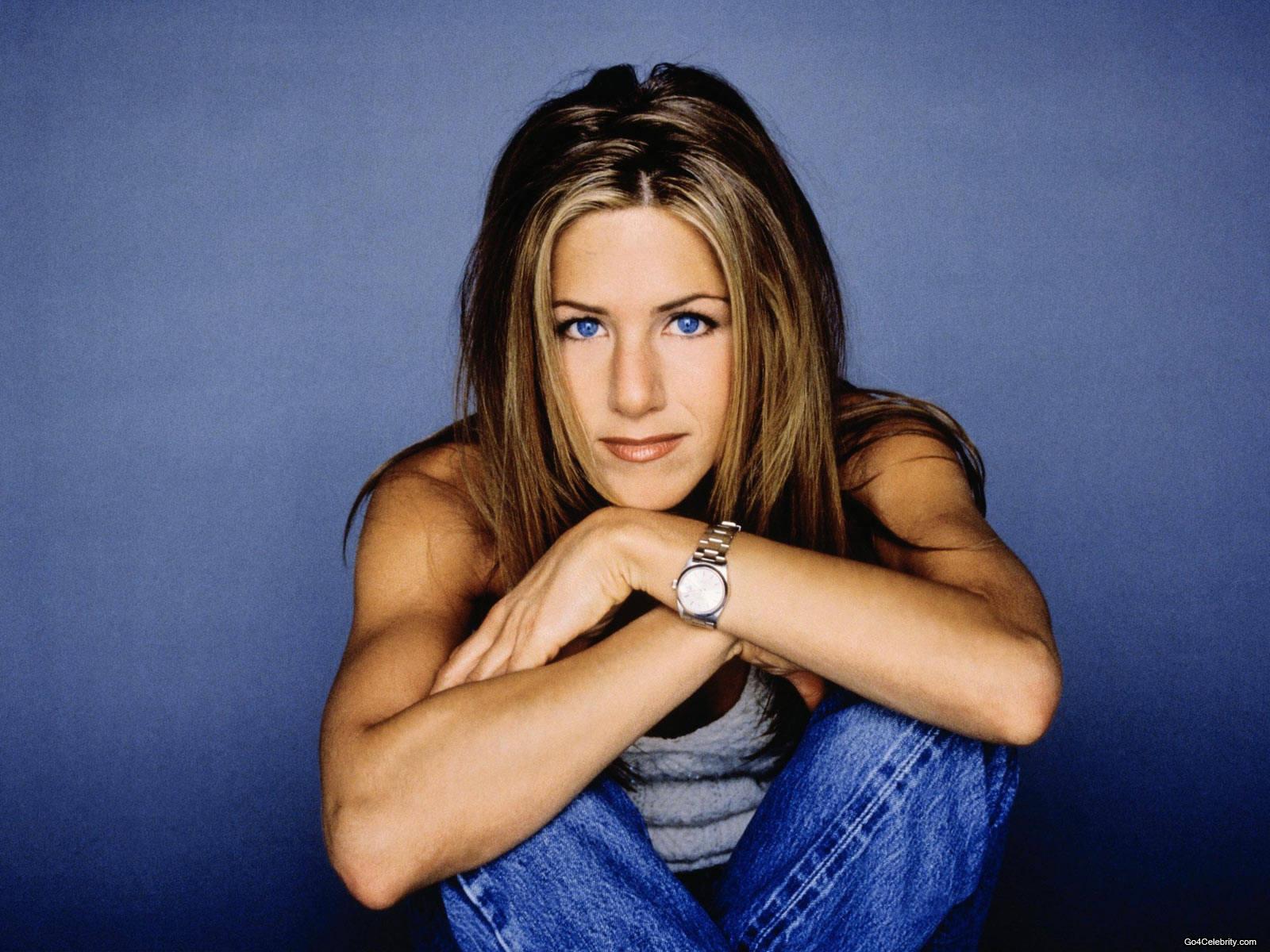 Jennifer-Aniston-jennifer-aniston-81355_1600_1200
