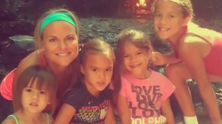 Laura Ruffino with her 4 little girls