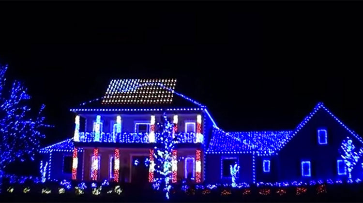 florida house lights up street with most patriotic light show ever