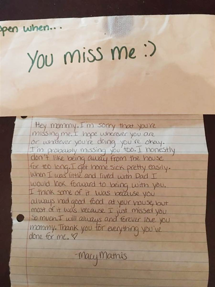 After Daughter S Tragic Death Mom Discovers Letter