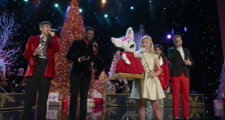 A Very Pentatonix Christmas.Darci Lynne Petunia Sing With Pentatonix Inspiremore Com