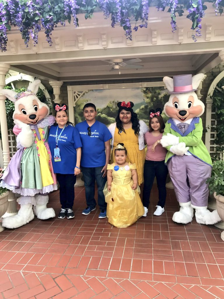 daisy and family at disney