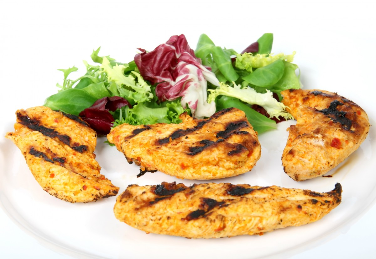 healthy grilled chicken meal
