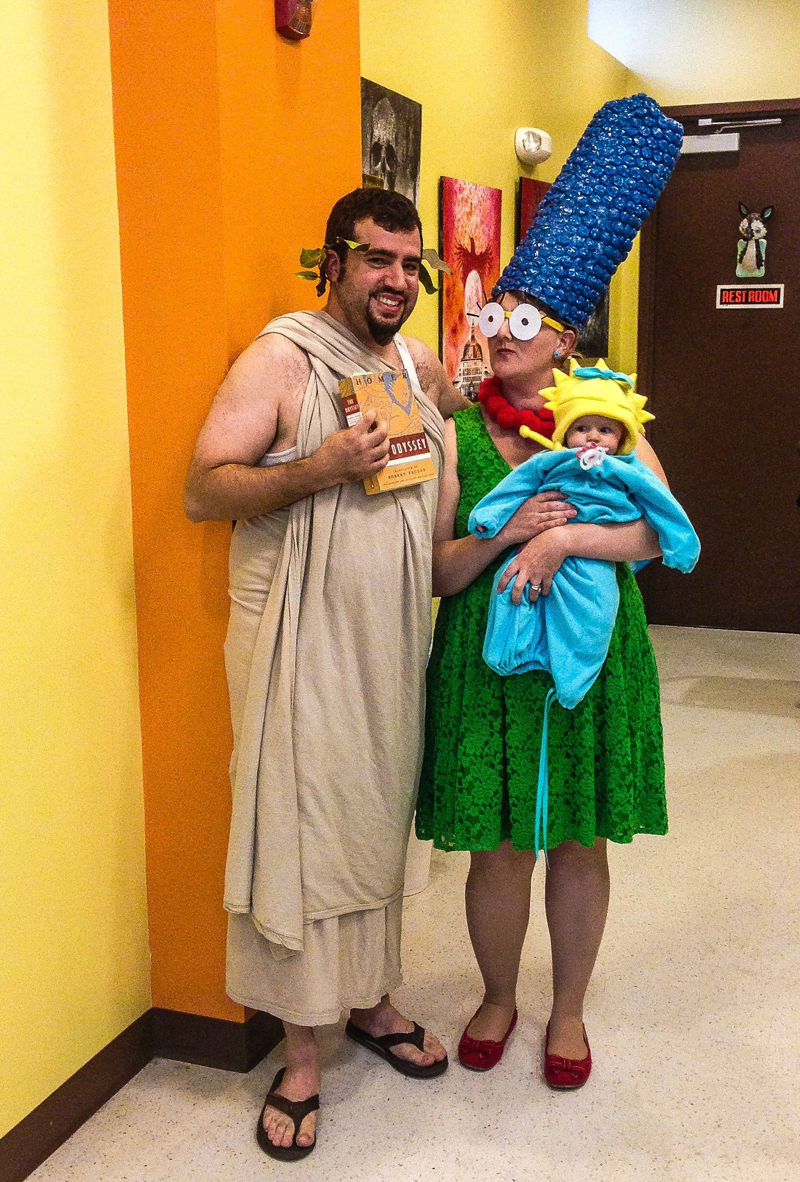 26 super-clever and punny costumes to make you smile
