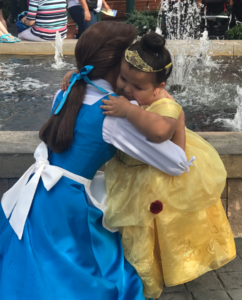 Daisy, a -year-old with a form of dwarfism, got to spend a week at Disney World thanks to the Make A Wish Foundation. She broke down in tears when she got to meet her hero, Belle from Beauty & The Beast. Now the rest of the world is crying too, after viewing pictures of the encounter that Daisy's aunt posted on Twitter.