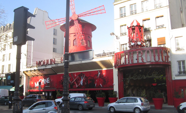Moulin Rouge paris before and after