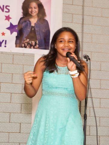 amanda mena singing