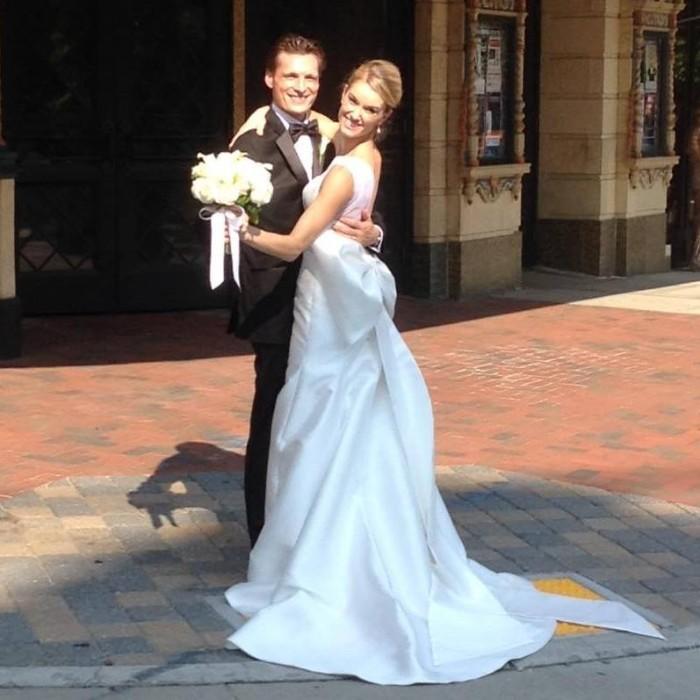Groom Gives His Bride The Coolest Wedding Surprise: Ballet Dancer Groom Surprises Bride With Epic Dance
