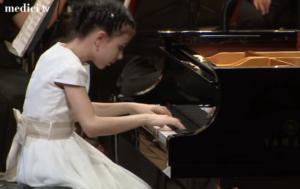 alexandra-dovgan-young-pianist