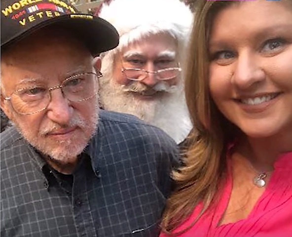 santa-thanks-WWII-veteran