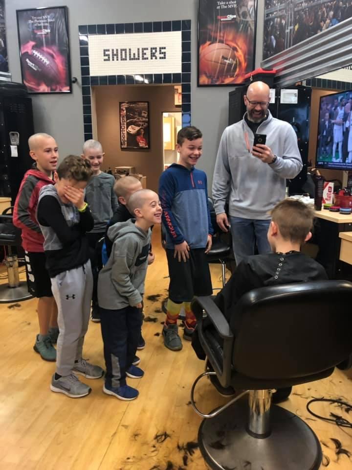luke friends barbershop