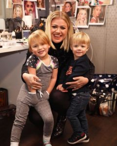 kelly with river rose and remy