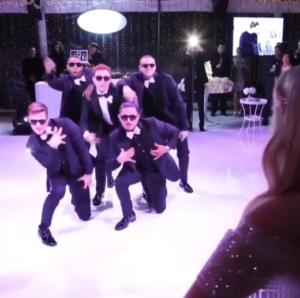daryl dances with crew