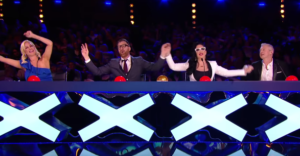 judges wave