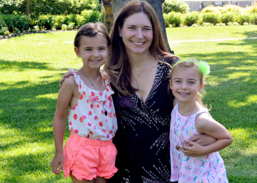 """After Health Scare, Mom Starts Nonprofit To Bring Childcare To """"Mommies In Need."""""""