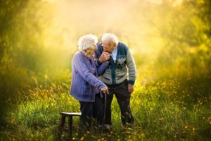 elderly couples photos