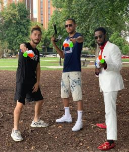 """Friends Toss Water Guns To Strangers On Street To Spark Most Wholesome """"Fights"""" Ever."""