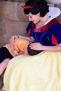 snow white comforts brody