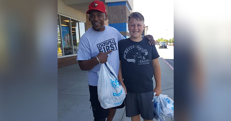 Kind Stranger Buys Kid Shoes After Single Mom Reveals Tiny