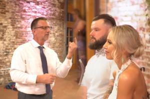 dad signs song to bride