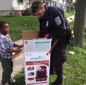 officer Zimmerman gets car seat
