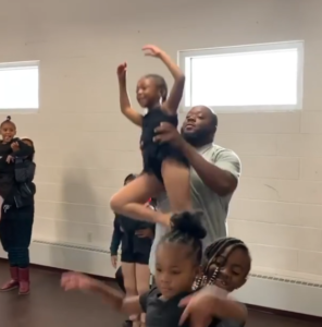 daddy daughter ballet class