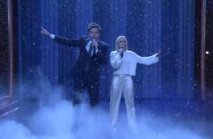 jimmy fallon and kristen bell duet