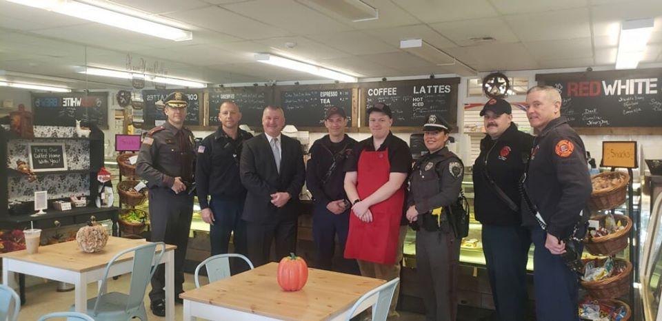 cops in coffee shop
