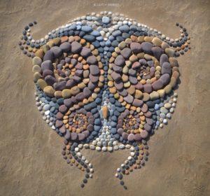 sculpt the world beach art
