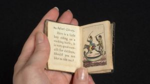 infant's library mini book