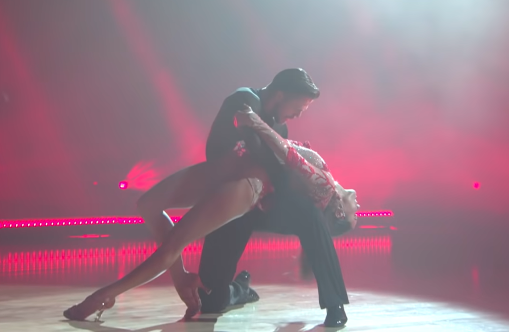 Derek Hough Returns To DWTS After 4 Yrs For Scorching Routine with Real-Life Flame.