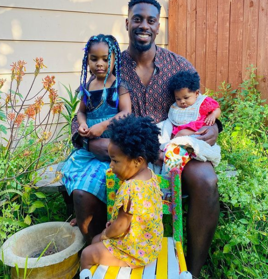ose and his daughters