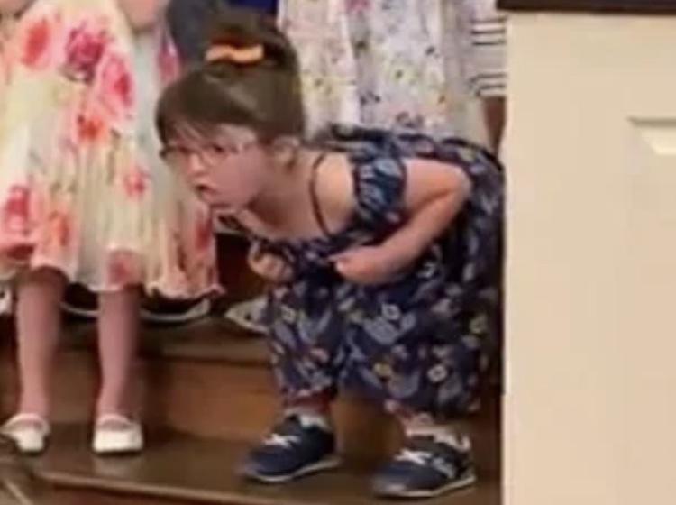 hilarious toddler dancing