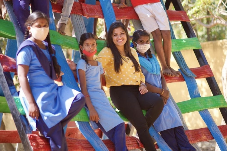 pooja and students