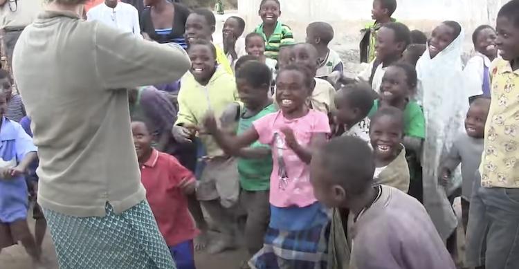 malawi kids dancing
