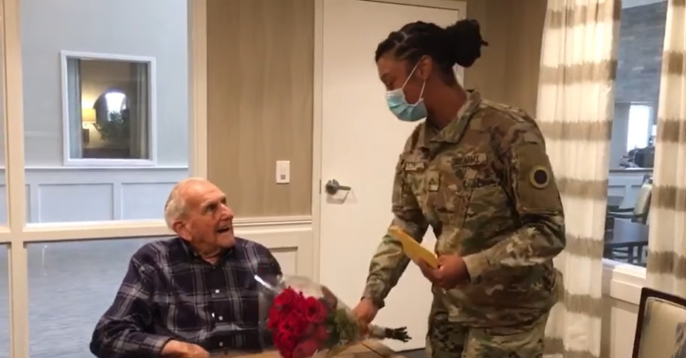 vet meeting solider who wrote to him as a little girl