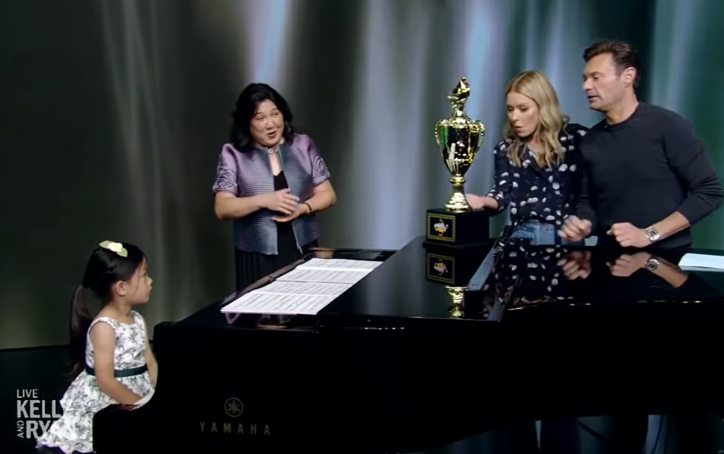 4-year-old sitting at piano on kelly and ryan show